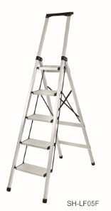 Step Stool Foldable Aluminum Ladder (SH-LF05F) pictures & photos