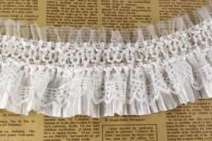 Wholesale High Quality Elastic Ruffle with Pearl for Decorations pictures & photos