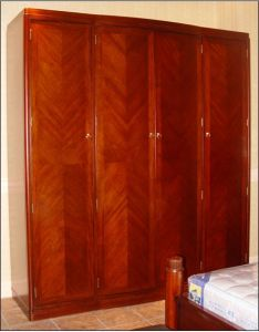 Hotel Bedroom Furniture Sets/Star Hotel Guest Room Wardrobe (GLW-011) pictures & photos