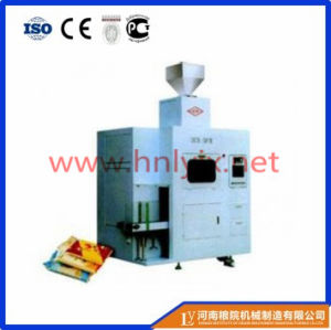 China Factory Produce Automatic Flour Packing Machine (DCS-50) pictures & photos