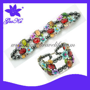 Latest Fashion Design Magnets Alloy Bracelet Jewelry (2015 Gus-Ab-048) pictures & photos