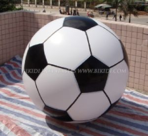 Helium Balloons, Inflatable Football, Flying Balloon (K7032) pictures & photos