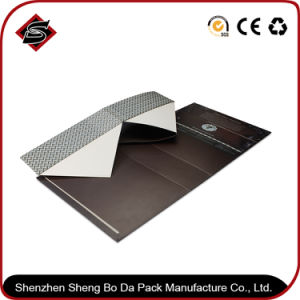 Customized Wholesale with Folding Gift Box pictures & photos