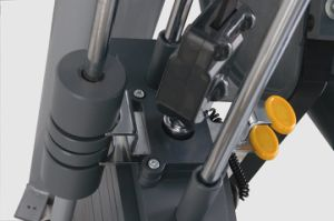 Gym80 Fitness Machine / Knee Raise (SL49) pictures & photos
