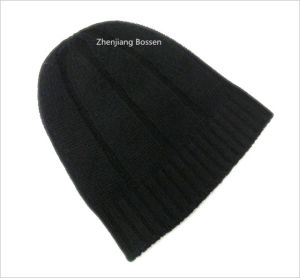 Promotional Customized Solid Black Snowboard Ski Winter Acrylic Beanie Slouchy Beanie pictures & photos