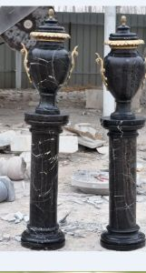 Marble Urn with Copper Handle pictures & photos