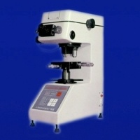 Micro Vickers Hardness Tester (HV-1000) pictures & photos