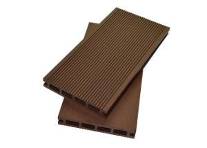 Outdoor Engineered Wood-Plastic Composite Flooring / WPC Deck Flooring pictures & photos