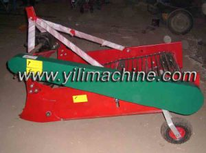 China Good Quality Tractor Mounted Potato Harvester pictures & photos