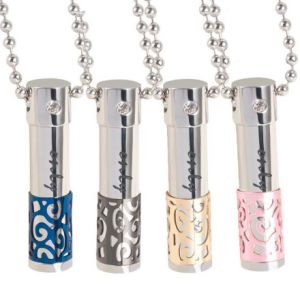 Couple Stainless Steel Necklace Perfume Bottle Pendant Necklace pictures & photos