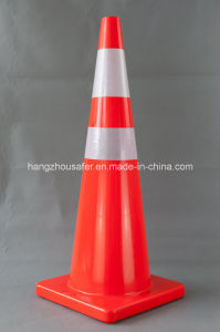 Hot Sale New PVC Material Traffic Cone 36inch (S-1233) pictures & photos