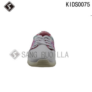 Good Design Kids Sports Running Shoes with Mesh pictures & photos