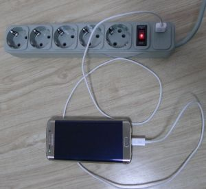 Elendax Multiple Plug Socket 5 Way Outlet Extension Socket with USB (E2005ES) pictures & photos