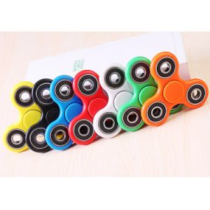 High Quality Bearing Gyro Manufacturer LED Fidget Hand Toys Spinner pictures & photos