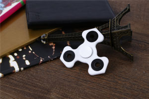 High Quality Spinning More Than Two Munites Small Finger Toy Hand Fidget Spinner Toy pictures & photos