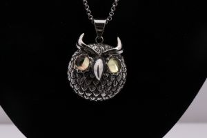 2017 Fashion Stainless Steel Owl Necklace Jewelry pictures & photos