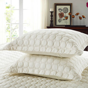 Cotton Patchwork Quilt Hotel Bedspread Jacquard Comforter Set pictures & photos