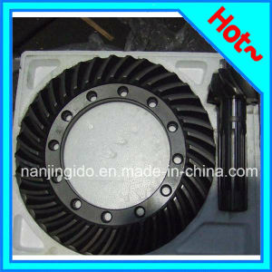 Auto Car Parts Crown Wheel Pinion Mf 350 pictures & photos