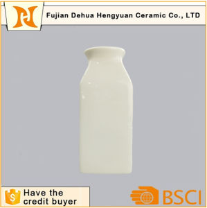 New Product White Glaze Ceramic Bottle Wholesale pictures & photos
