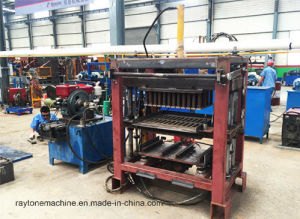 Qt4-30 Concrete Diesel Engine Block Making Machine Paver Brick Machine pictures & photos