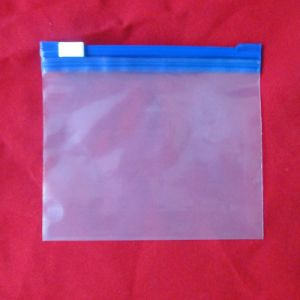 Multi-Use Ziplock Packing Bag of PE Material pictures & photos