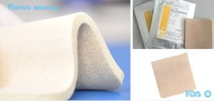 Silver Antimicrobial Foam Dressing for Diabetes/Ulcer Wound Sfd1004 pictures & photos