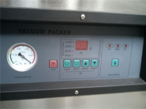 Double Chamber Vacuum Packer for Vacuum Packaging (GRT-DZQ4002SA) pictures & photos