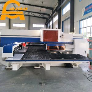 CNC Turret Punching Machine with 16/24/32 Tools Punch Press pictures & photos
