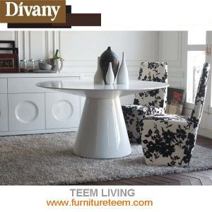 Divany Modern Dining Room Furniture Round Dining Table pictures & photos