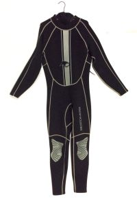 Men′s 2/3mm Neoprene Long Sleeve Wetsuit (HX-L0029) pictures & photos