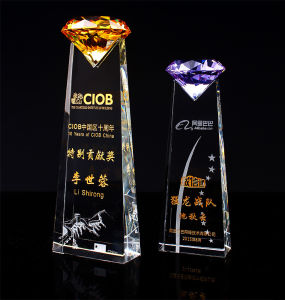 High-Grade Crystal Trophy with Diamond pictures & photos