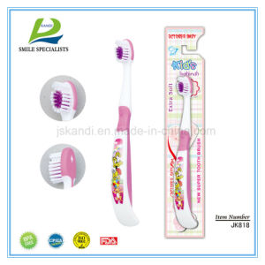 Big Comfortable Handle Junior Toothbrush pictures & photos
