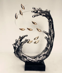 Silvery Sea Wave Gold Fish Resin Sculpture for Table Decoration