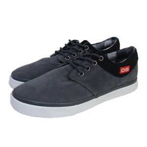 Plain Black Corduroy/Breathable Leather Fabric Rubber Casual Vulcanized Canvas Shoes pictures & photos