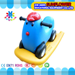 Kids Double Shake Plastic Toy Car for Preschool pictures & photos