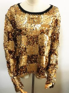Women Fashion Long Sleeve T-Shirt Acrylic Sequins Fashionable Clothing pictures & photos