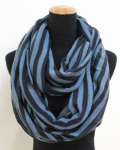 Lady Fashion Striped Acrylic Knitted Winter Infinity Scarf (YKY4395) pictures & photos
