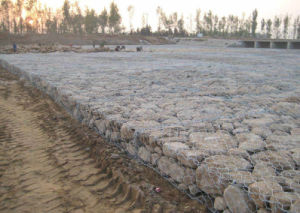 Gabion (60X80, 80X100, 80X120, 100X120mm) pictures & photos