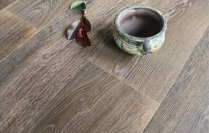 Aged Finishing European Oak Abcd Grade Engineered Wood Flooring pictures & photos