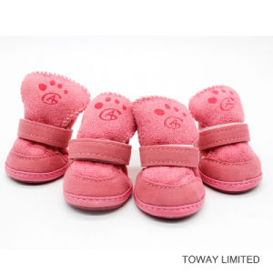 Winter Pet Foot Wear Coral Velvet Suede Dog Shoes pictures & photos