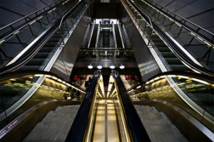 Step Width 600mm, 800mm, 1000mm Passenger Escalator pictures & photos