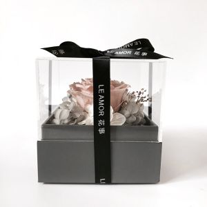 Beautiful Acrylic Clear Retain Freshness Flower Display Box pictures & photos