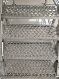 Anti-Slip Stair Tread in Scaffolding pictures & photos
