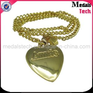 Die Cast Custom Metal Heart Shape Diamond Dog Tags Necklace pictures & photos