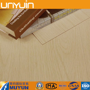 Factory Price of Vinyl Flooring 2mm/3mm/4mm/5mm Wood PVC Flooring pictures & photos
