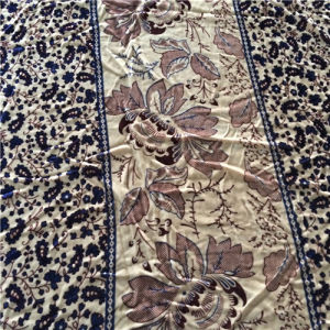 Printed Silk Velvet in Flower Pattern pictures & photos