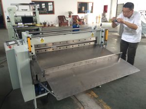 High Quality High Precision Printed Paper Roll to Sheet Cutting Machine pictures & photos