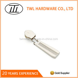 Customized Design High Quality Zipper Puller pictures & photos