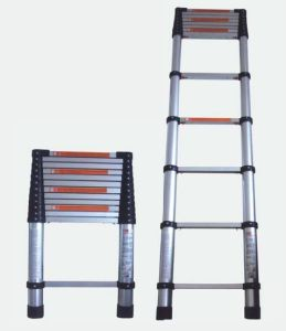 Telescopic Extension Ladder (1263108) pictures & photos