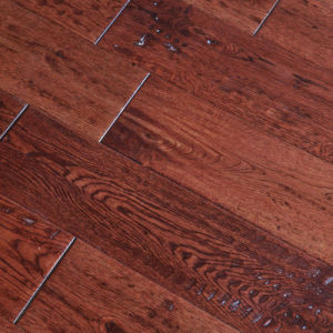 125X18mm Uniclic Lock UV Handscraped Oak Engineered Wood Flooring pictures & photos